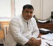 Хан Исса Вахидович - врач травматолог-ортопед