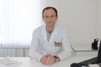 Батов Азамат Заурбекович – заведующий, врач сердечно-сосудистый хирург, КМН